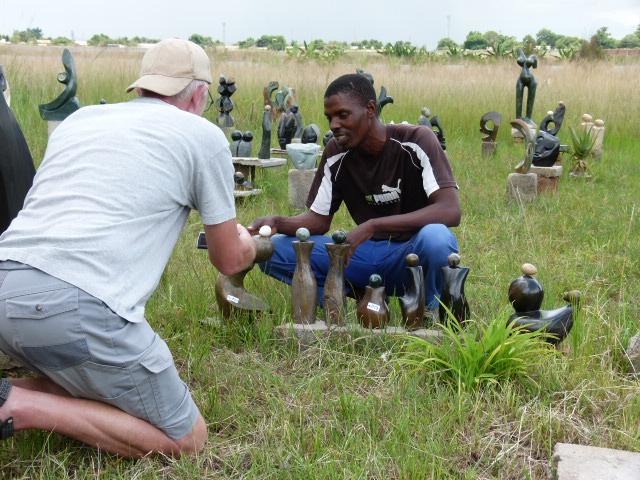Bas Nijssen and artist in Zimbabwe