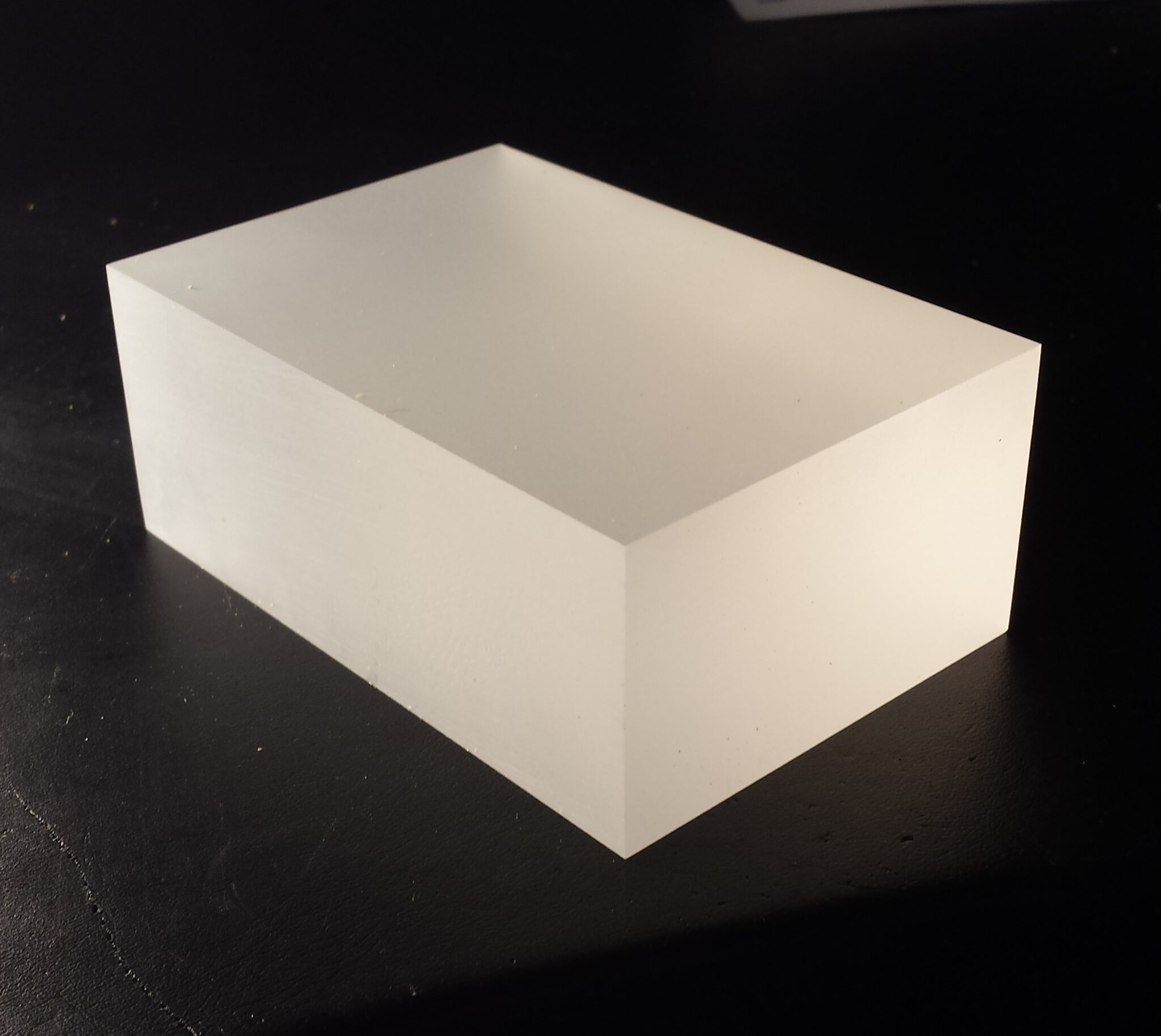 sokkel perspex ice 4 cm dikte